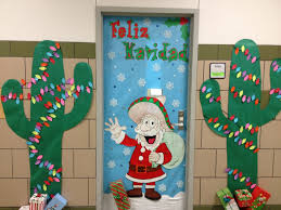 Cruise Door Decoration Ideas by Backyards Images About Christmas Door Decorating Contest