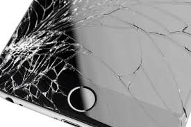 Apple has quietly cut the cost of replacing a cracked iPhone display