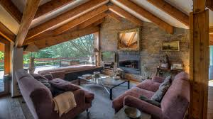 Luxury Rustic Style Living Room With Fireplace