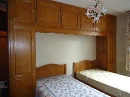 a vendre chambre a coucher a vendre a saisir chambre à coucher complète en chêne impec