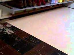 laying armstrong 12x12 peel stick vinyl tiles is easy