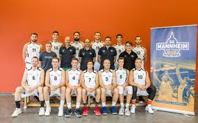 Die Basketball Werkstatt Basketballcamp FOR THREE 43 Basketball