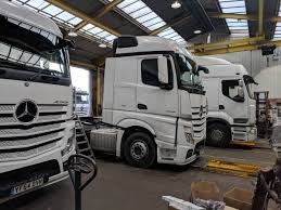 100 Always Trucking Hexagon Leasing On Twitter A Busy Day In The Hexagon