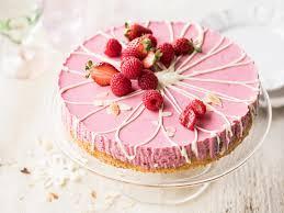 erdbeer himbeer joghurt torte