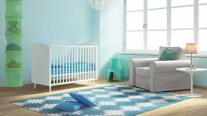 tapis pour chambre quel tapis pour une chambre d enfant magicmaman com