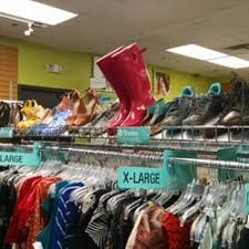 Plato s Closet Used Vintage & Consignment 1801 2nd St