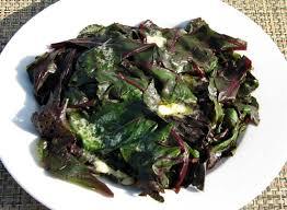 vert de betteraves rouges en épinards la cuisine du jardin