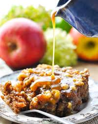 walnuss apfelkuchen mit karamell glasur