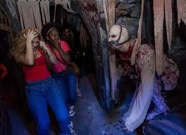 Universal Studios Orlando Halloween Horror by Review Halloween Horror Nights Showcases Originality Iconic