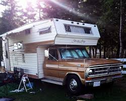 This Motorhome Was Sean At The Lake Paul NS Fall Fest Of Sept 9 2016 It Has A 318 Dodge Engine