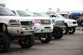 Chevy Dodge Ram GMC & Lifted Ford Trucks In A Row | Lifted GMC ... Pin By Kenny On Bad Ass Trucks Pinterest Ford And 4x4 F250 Lifted Dream Truck F150 1012 Inch Suspension Lift Kit 52018 Check This Super Duty Out With A 39 And 54 Tires Its Lifted Truck Enthusiasts Forums Granaddy Had Like This Only It Didnt Have The Extra 20 New Images Trucks Cars Wallpaper Online Gallery Truckin Magazine Kerby Do Stuff I Like Ford Modification Ideas 89 Stunning Photos