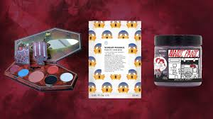 Halloween Scene Setters Amazon by 13 Halloween Beauty Products That Are Spooky Af Allure
