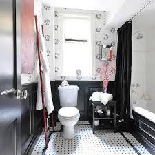 Wainscoting Bathroom Ideas Pictures by Half Tiled Bathroom Walls Design Ideas