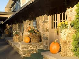 Decorations Harvest Pumpkins Straw Packages And Flowers For