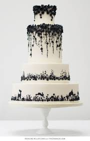 Cute Black And White Cake For Wedding