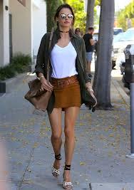 Celebrity Street Fashion Design Images