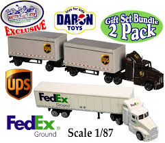 Amazon.com: Daron Die-cast UPS (United Parcel Service) & FedEx ...