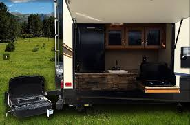 10 RVs With Amazing Outdoor Entertaining & Kitchens – Wel e To