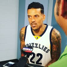 Matt Barnes Talks To Media About Reported Derek Fisher Incident ... Socialbite Rihanna Clowns Matt Barnes On Instagram Derek Fisher Robbed Of His Jewelry And Manhood By Almost Scarier Drives 800 Miles To Tell Vlade I Miss Dekfircrashedmattbnescar V103 The Peoples Station Exwarrior Announces Tirement From Nba Sfgate How Good Is Over The Monster While Calling Out Haters Cj Fogler Twitter Hair Though Httpstco Lakers Forward Dwight Howard Staying With Orlando Car In Dui Crash Registered Si Wire Announces Retirement After 14year Career Owns Car Involved In Crash Sicom