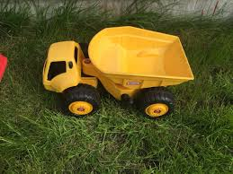 Used Little Tikes Dump Truck In DA7 London For £ 7.00 – Shpock Vintage Little Tikes Yellow Cstruction Dump Truck With Lever Vtg Lot 3 80s Little Tikes First Wheels Chunky Plastic Toy Car Jojos New Little Tikes Dirt Diggers Dump Truck Videos For Kids Bigpowworker Dumper Original Big Dog Littletikes Holiday Headquarters Daily Dirt Diggers Toys Buy Online From Fishpondcomau Princess Cozy Rideon Amazonca Amazoncom Handle Haulers Haul And Ride Games Trash Ride On Garbage Toy Blue Youtube Red Dollhouse People Trucks