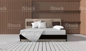 schlafzimmer in warmen hellen farben dekorieren sie mit lamelle wand weißen holzboden kissen und decke großes bequemes bett im klassischen