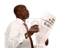 Une Femme Afro Américaine En Lisant Le Journal Portrait Dun Homme Daffaires Afro Américain En Lisant Un Journal