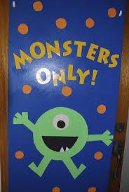 Halloween Classroom Door Decorations Pinterest by Best 25 Monster Door Ideas On Pinterest Monster Door Decoration