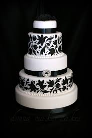 Elegant Cake Black And White