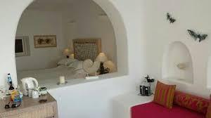 chambre avec privé chambre avec jaccuzi privé a l extérieur picture of white