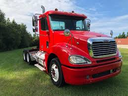 USED 2007 FREIGHTLINER DAY CAB TANDEM AXLE DAYCAB FOR SALE IN AL #1833