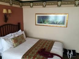 chambre standard sequoia lodge chambre standard dans le même batiment que celui de la réception