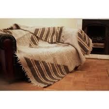 couverture canapé mouton couverture de jete de canape fait a la plaid