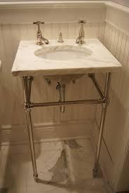 Distressed Bathroom Vanity Uk by Best 25 Undermount Bathroom Sink Ideas On Pinterest 3 4 Bath