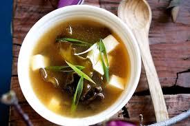 cuisine japonaise recette facile recette soupe miso japonaise un plat facile et plein de saveur à