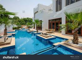 100 Villa In Dubai Exterior July 2018 Stock Photo Edit Now 1149386486