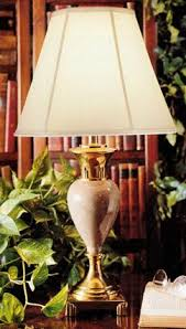 Stiffel Lamp Shades Cleaning by Decorating With Stiffel Lamps Lovetoknow
