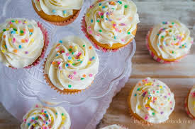 A easy and sweet recipe for Vanilla Cupcakes with Vanilla Butter Cream Frosting