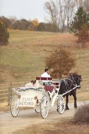 Diy Pumpkin Carriage Centerpiece by Best 25 Wedding Carriage Ideas On Pinterest Cinderella