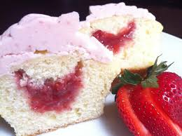 The cupcake tastes very similar to a classic shortcake The strawberry filling adds a pleasantly sweet