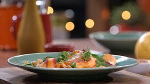 mytf1 cuisine laurent mariotte recette de salade de saumon fumé au plemousse petits plats en