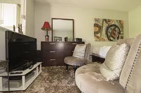 Modern 1 Bedroom Studio