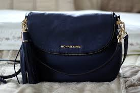 medium bedford tassle convertible by michael kors in midnight review