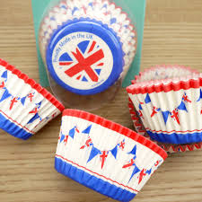 36 Union Jack Bunting Cupcake Cases By Doric In Carded Pack