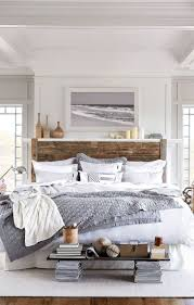 Rustic Farmhouse Style Master Bedroom Ideas 32
