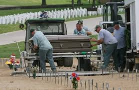 Strangers pay respects at homeless vet s Missouri funeral