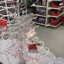 Kmart Christmas Trees Jaclyn Smith by Kmart 13 Reviews Department Stores 895 Faulkner Rd Santa