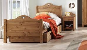 chambre enfant pin chambre a coucher pin massif raliss com