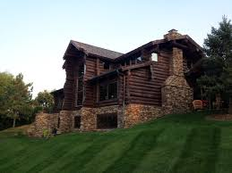 Selecting Log Home Stain and Finish
