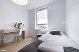 kleine moderne schlafzimmer interior design stockfoto und mehr bilder architektur