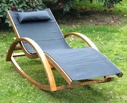 chaises longues de jardin chaise longue jardin bois chaise longue jardin bois cette chaise